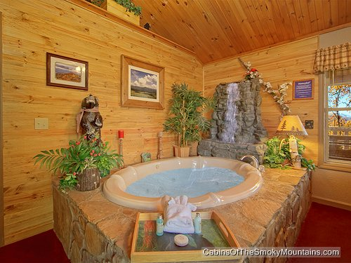 Country Lace Gatlinburg Cabin
