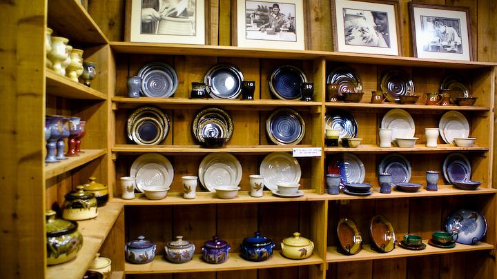 Alewine Pottery In Gatlinburg Tennessee