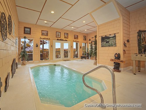 Gatlinburg cabins with indoor swimming pools - Inside swimming pool ...