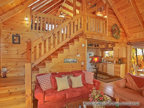 Exceptionnel Above The Rest Is A Cabin With Everything Right Where You Want It. Where Do  You Want To Explore First? Which Of The 3 Deck Areas? How About The One In  Back, ...