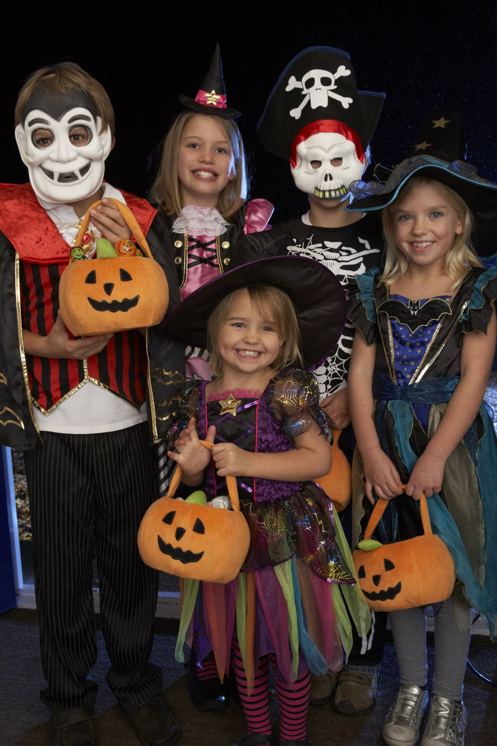 Halloween in gatlinburg pigeon forge 2016 for Why do we celebrate halloween in america