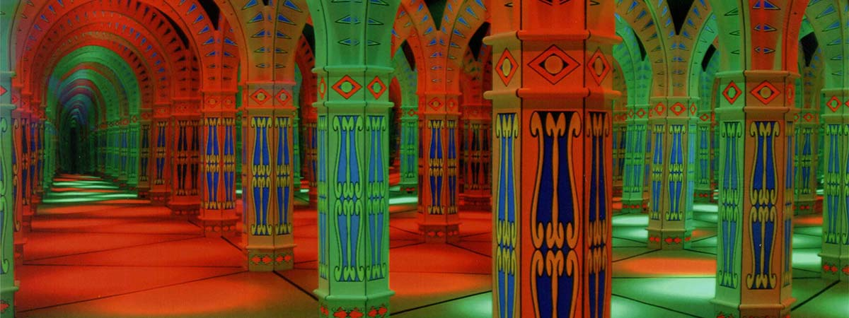amazing-mirror-maze-gatlinburg-attraction