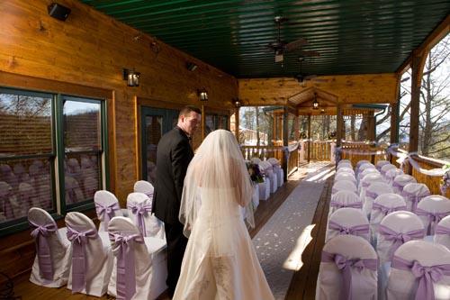 Gatlinburg Wedding Packages.Simple Elegant Gatlinburg Wedding Package
