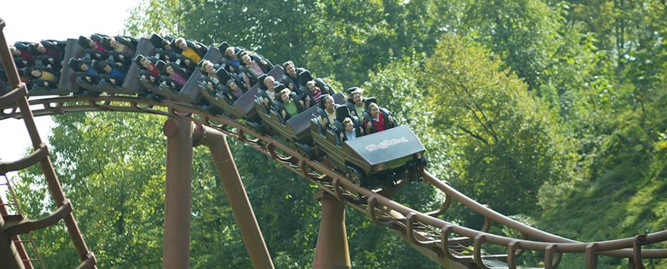 Dollywood Theme Park Pigeon Forge Things To Do With Kids