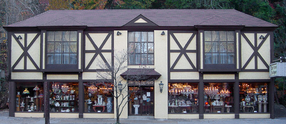 Gatlinburg And Pigeon Forge Antiques Best Shops And Antique Malls